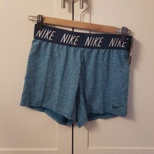New nike training girls shorts large dri-fit